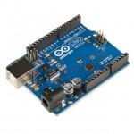 La piccola scheda elettronica dotata di un microprocessore e di circuiti di contorno