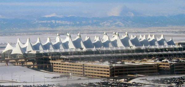 Aeroporto Denver : Fallimenti tecnologici il nastro portabagagli dell