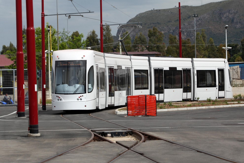 Primo tram a Palermo linea Hi-Tech