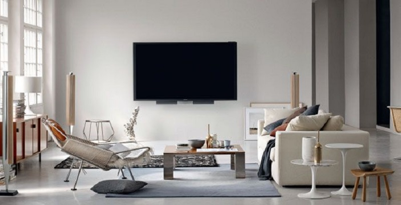 Il televisore da 85'' di Bang & olufsen costa circa 20.000 euro.
