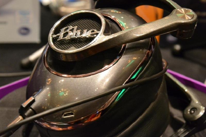Le cuffie di lusso Blue sono pensate per gli audiofili.