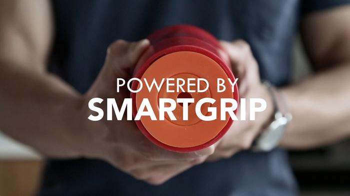 La tecnologia Smartgrip che consente alla tazza di stare aggrappata alla scrivania