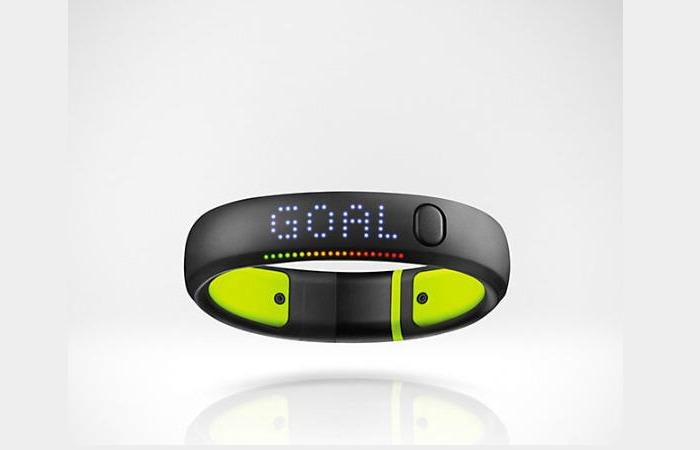 Smartband Nike+ Fuelband SE: caratteristiche, prezzo e recensione
